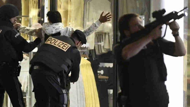 Terrorists shoot randomly at patrons of a cafe near Vienna's main synagogue