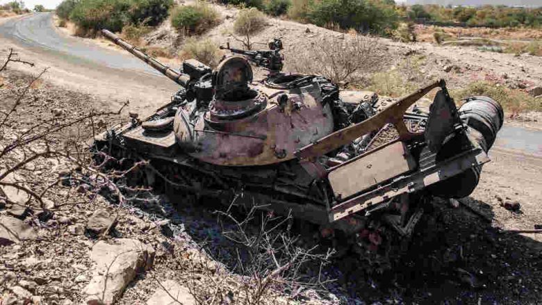 Fighting stops in Mekelle, but the TPLF retakes Axum and even downs a MiG-23BN