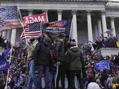 Trump voters storm the US Capitol to stop Congress from certifying electoral votes