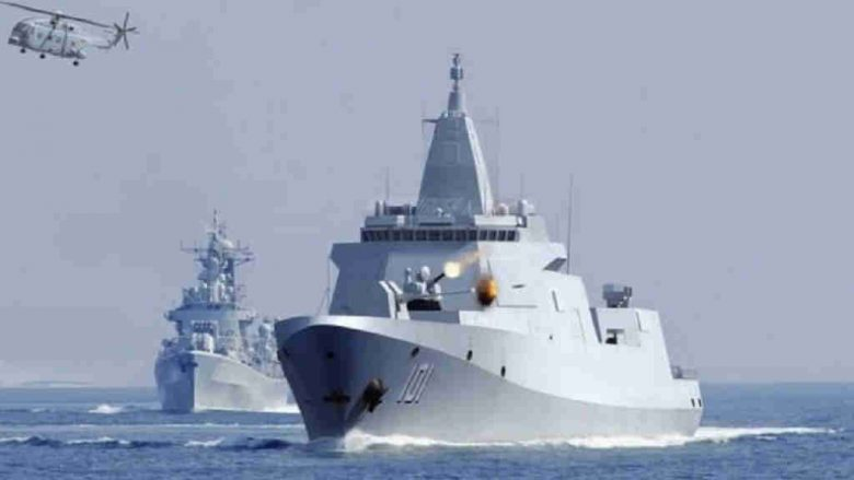 France tests the waters of the South China Sea, trying the world's largest navy